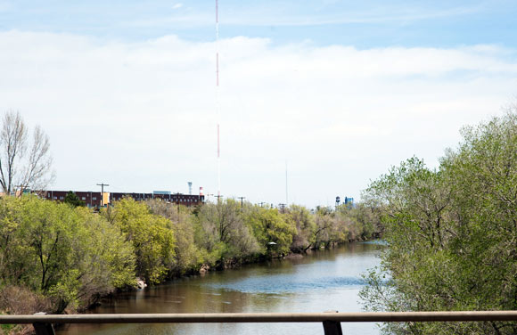 The South Platte River is a natural boundary for Globeville.
