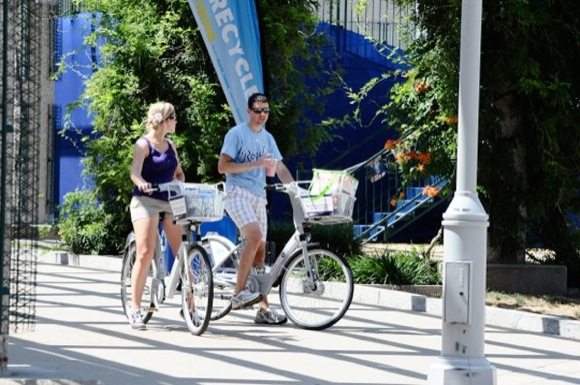 Crowdfunding tallied $100,000 for Kansas City's bike-sharing program.