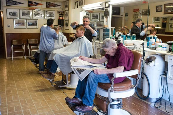Barber Shop Denver : Old-school haircuts at Chucks Barber Shop.